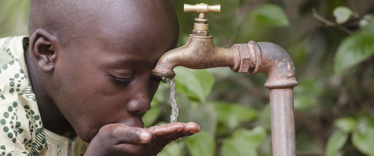 two women gathering water